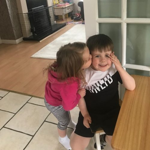 Lily kissing Jamie